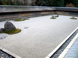 時を忘れる石庭