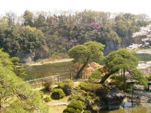 京亭の庭園
