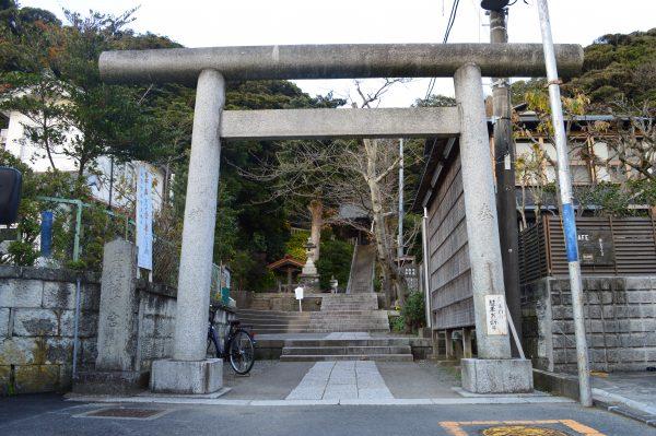 甘縄神明神社の鳥居
