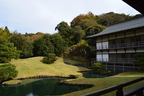 龍王殿の庭園