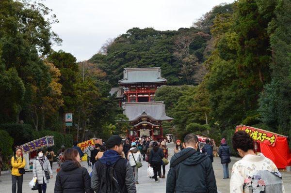 参道からみる神社
