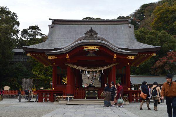 鶴岡八幡宮の結婚式とかの広場