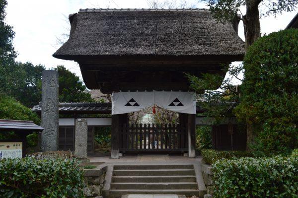 鎌倉「極楽寺」の山門