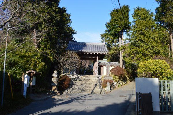 浄妙寺山門付近