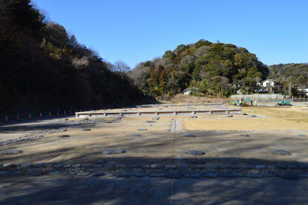 発掘中の永福寺跡