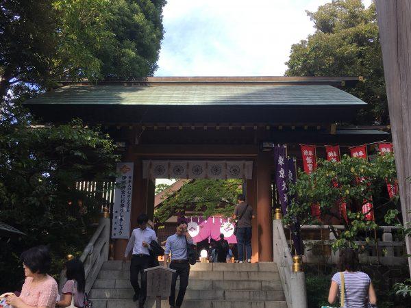 飯田橋駅・最寄り駅から「東京大神宮」へのアクセス!恋愛運縁結びのお参りへ!
