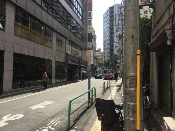 靖国神社へのアクセス 目白通りを東京大神宮方向へ