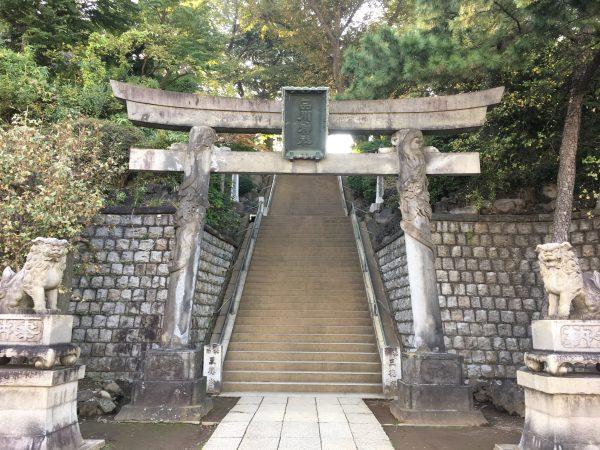 品川神社入口