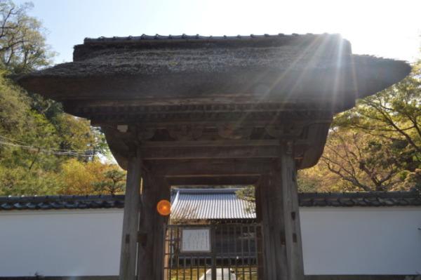 鎌倉長寿寺の山門