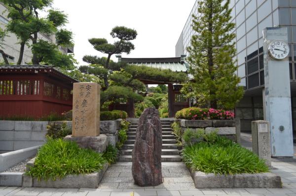 大巧寺の山門